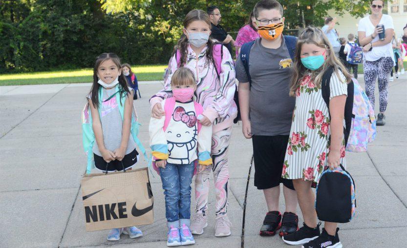 Weedsport Elementary students kick off the 2021-22 school year